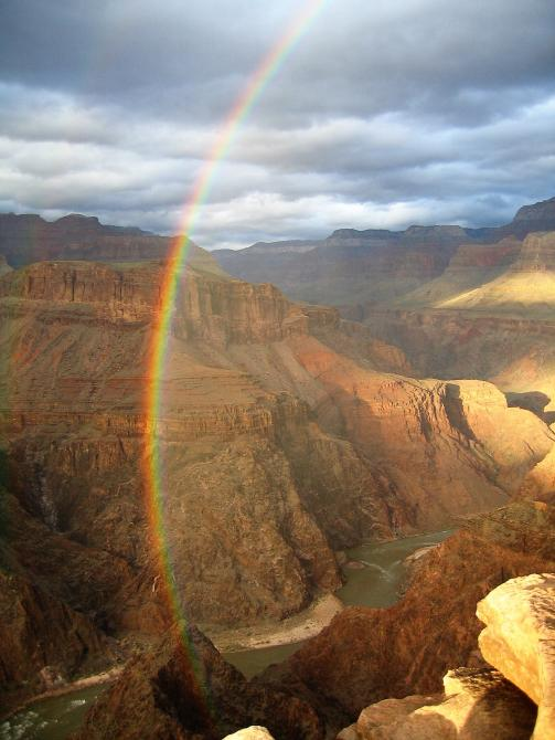 Rainbow at Grand Canyon (B. Gootee)